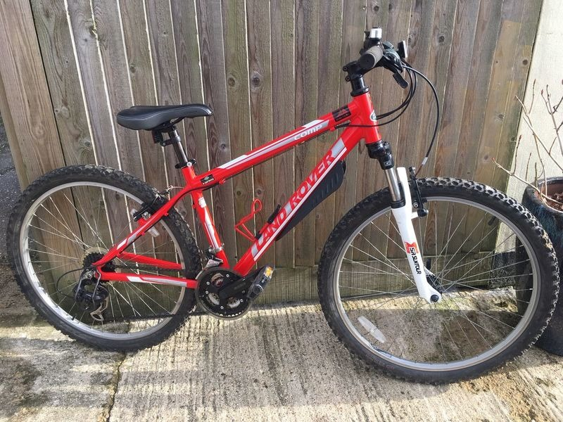 "LAND ROVER BIKES Experience Comp Mountain Bike 21 speed with 16"" Alloy Frame click to zoom image"