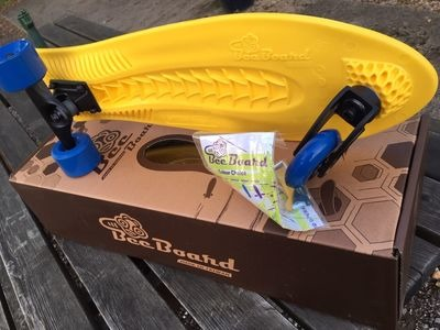 BEEBOARD Surf Skateboard with 3 wheels
